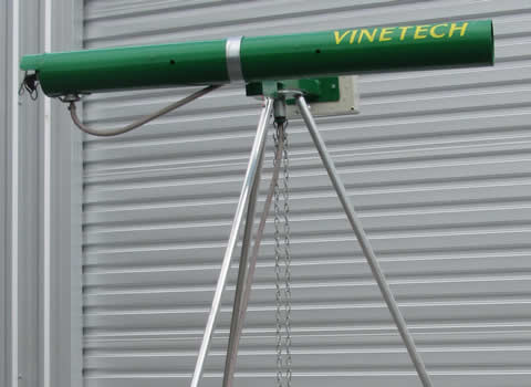 Vinetech Birdscarer